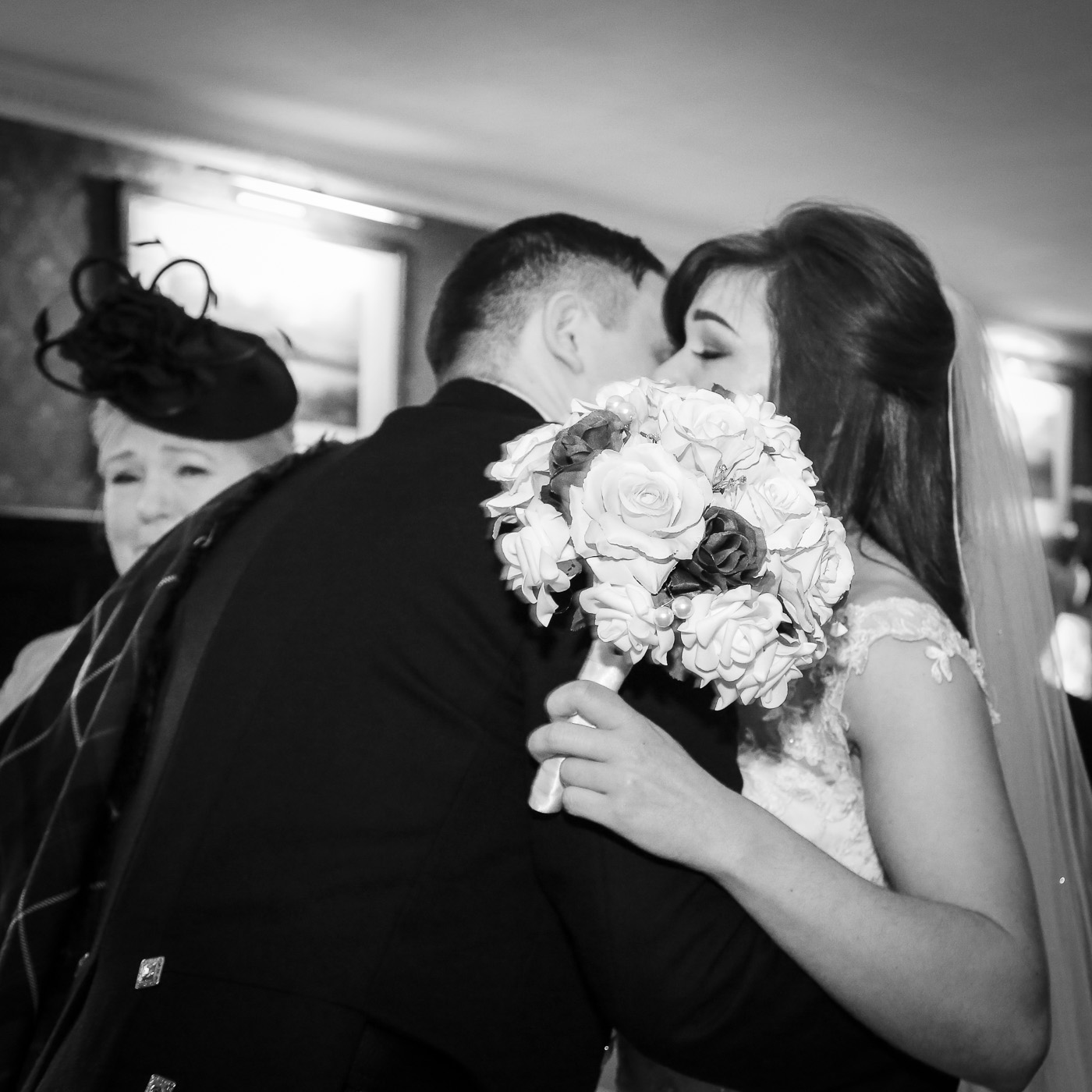 wedding-photography-at-bunchrew-house-inverness-8909-2