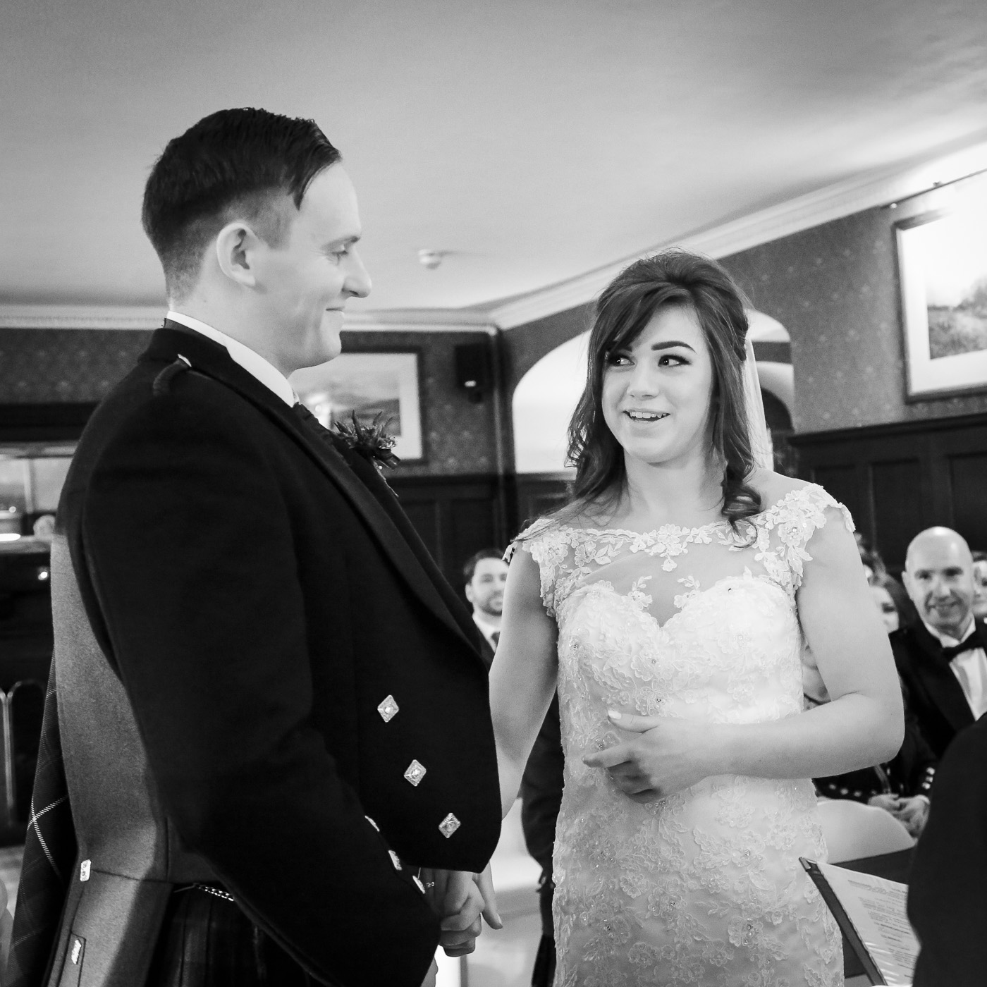 wedding-photography-at-bunchrew-house-inverness-8926-2