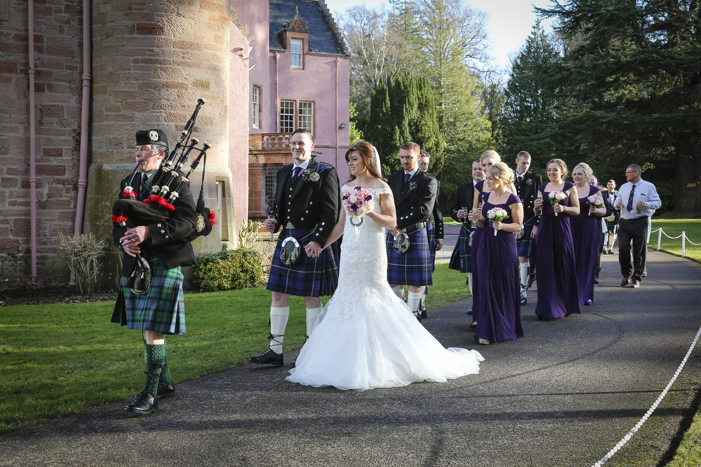 wedding-photography-at-bunchrew-house-inverness-8983