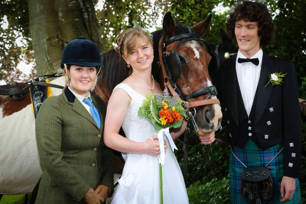 wedding-photography-at-roskeen-church-alness-2287