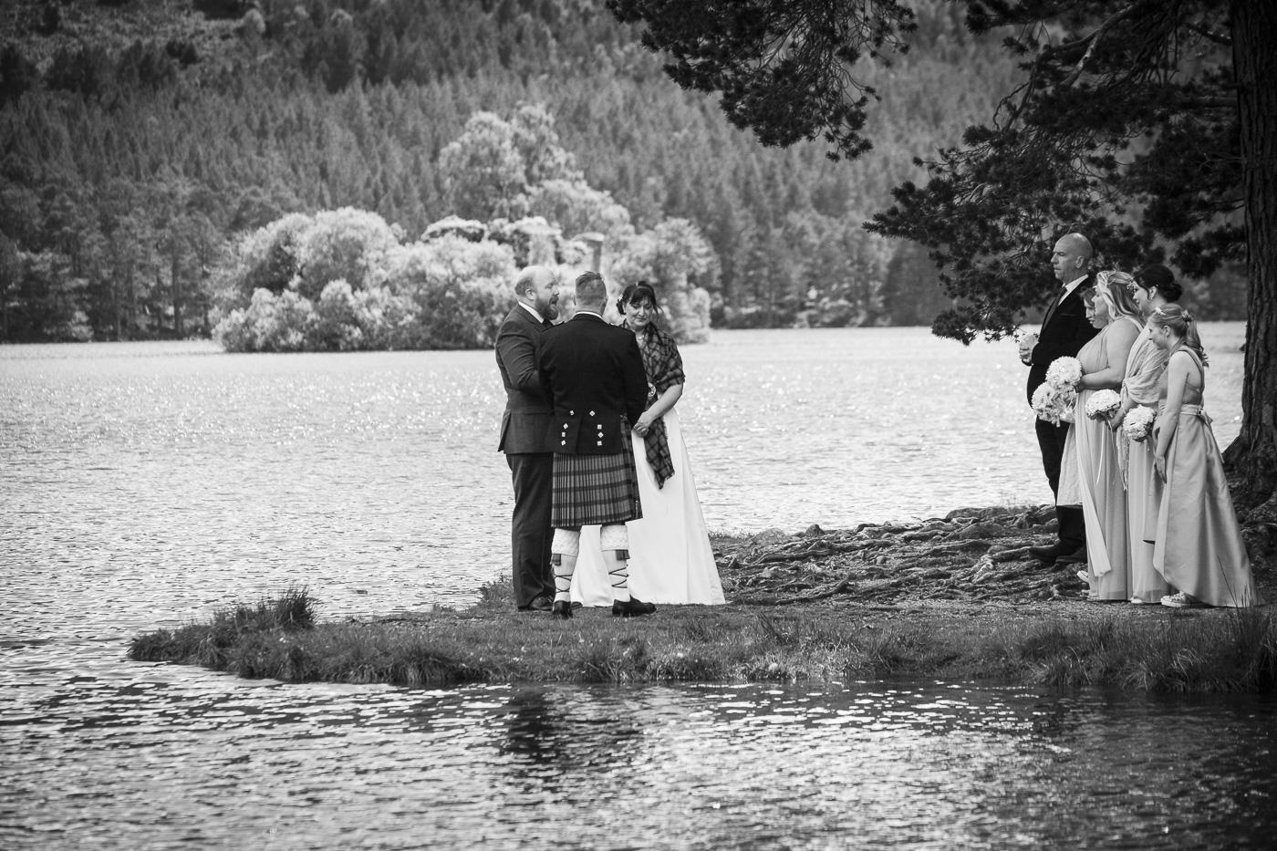 wedding photography at Loch an Eilein, Rothiemurchus-2165-2