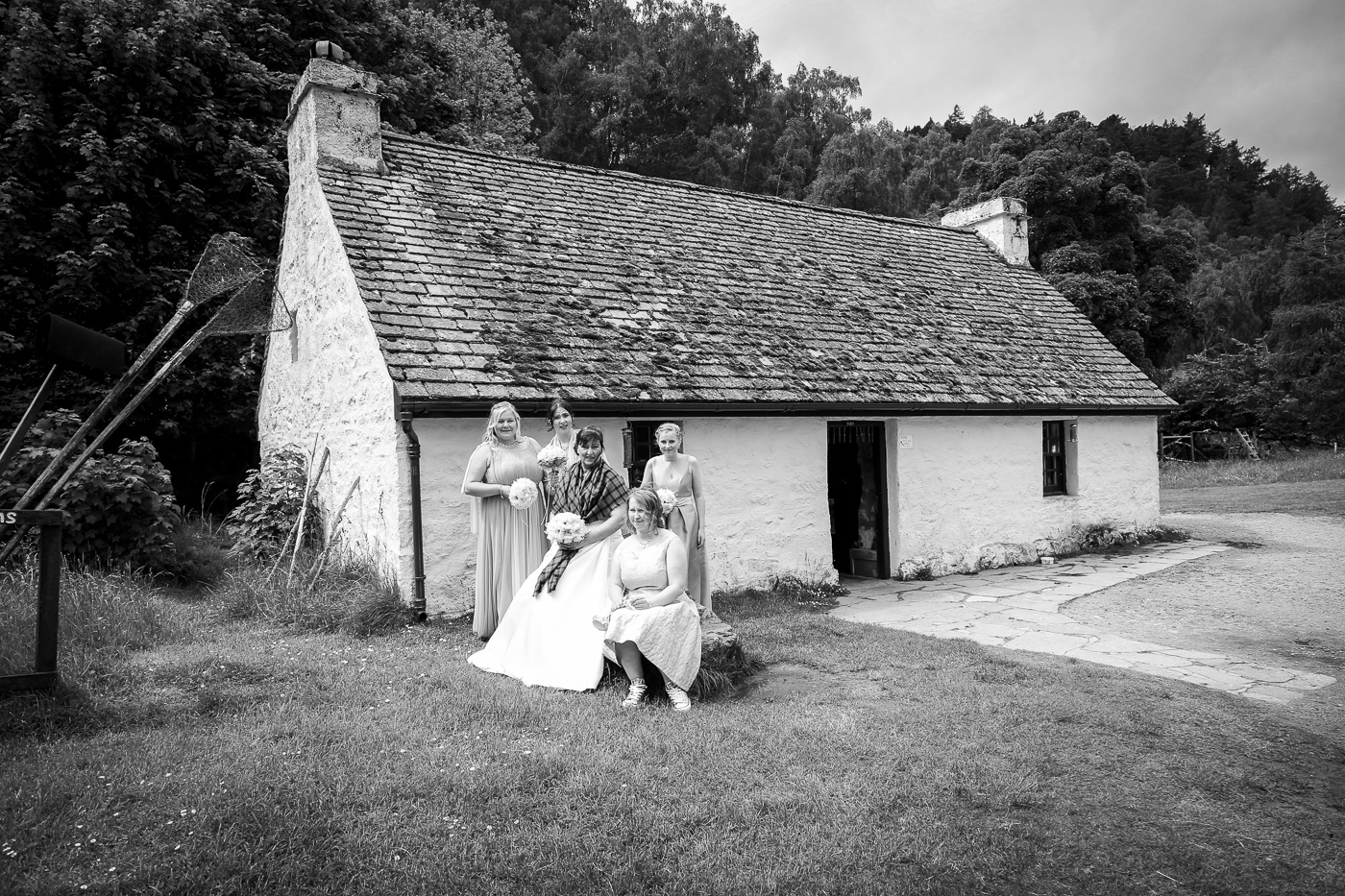wedding photography at Loch an Eilein, Rothiemurchus-3822-2