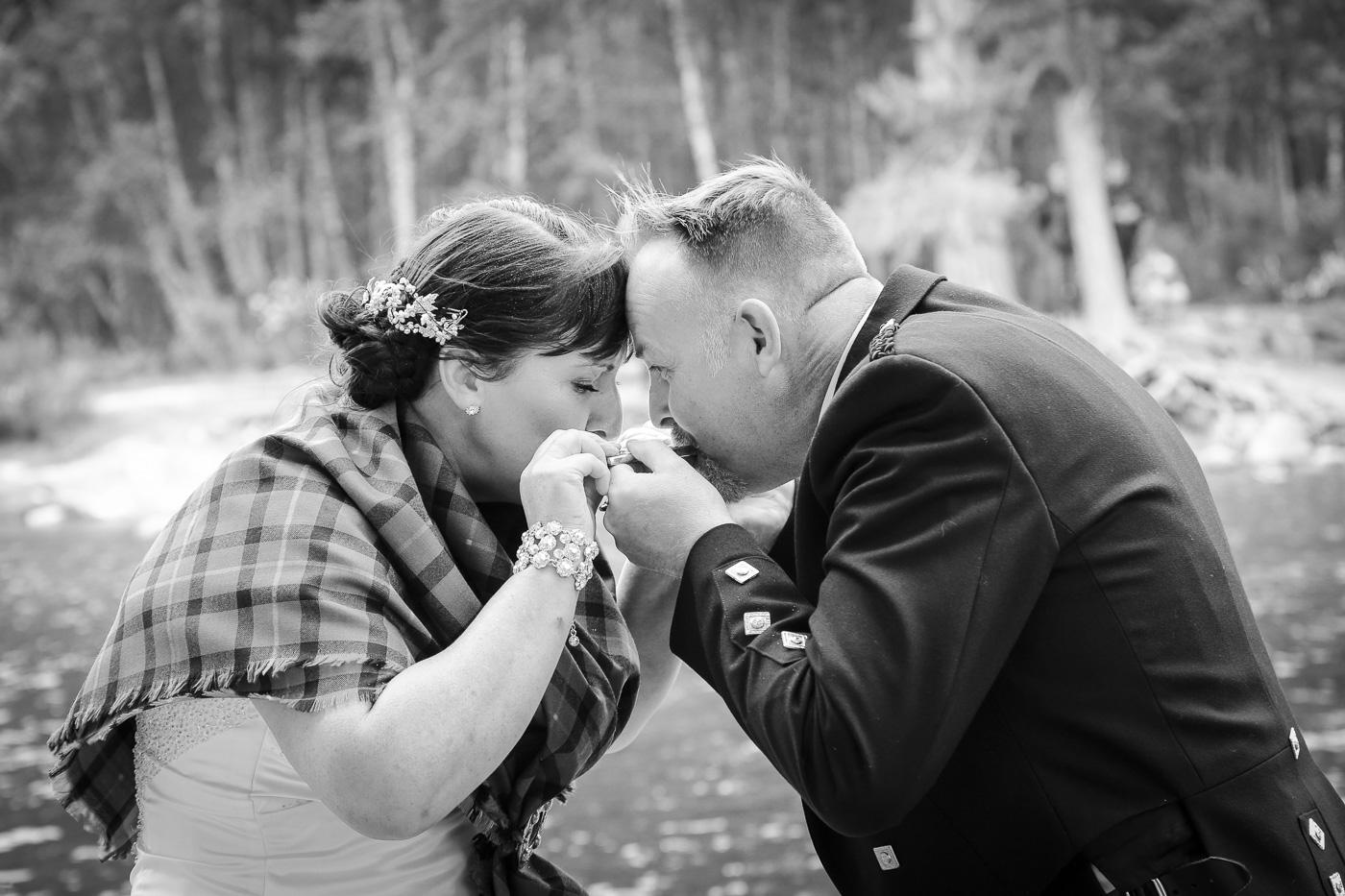 wedding photography at Loch an Eilein, Rothiemurchus-3988-2