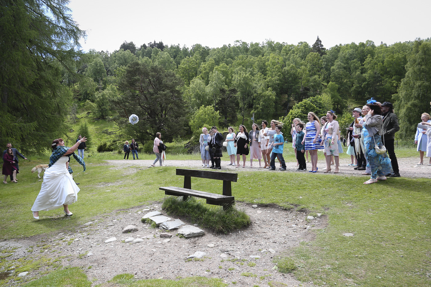 wedding photography at Loch an Eilein, Rothiemurchus-4071