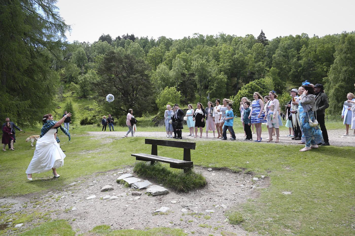 wedding photography at Loch an Eilein, Rothiemurchus-4071