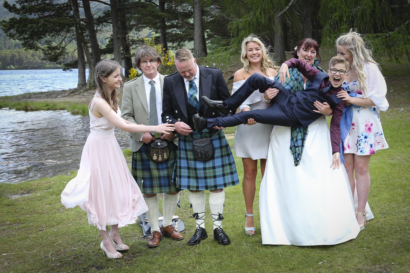 wedding photography at Loch an Eilein, Rothiemurchus-4105